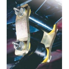 Nissan Patrol Greasable Shackles by Old Man Emu, 1987-1997 (Y60)