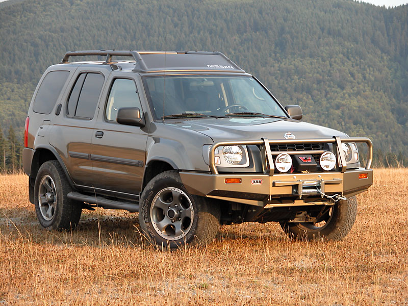2004 Nissan Xterra 4X4 photos